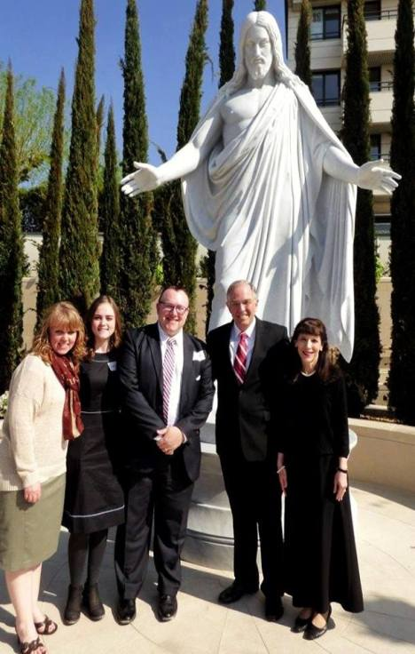 Elder-Neil-Andersen-with-the-Bringhursts-Paris-France